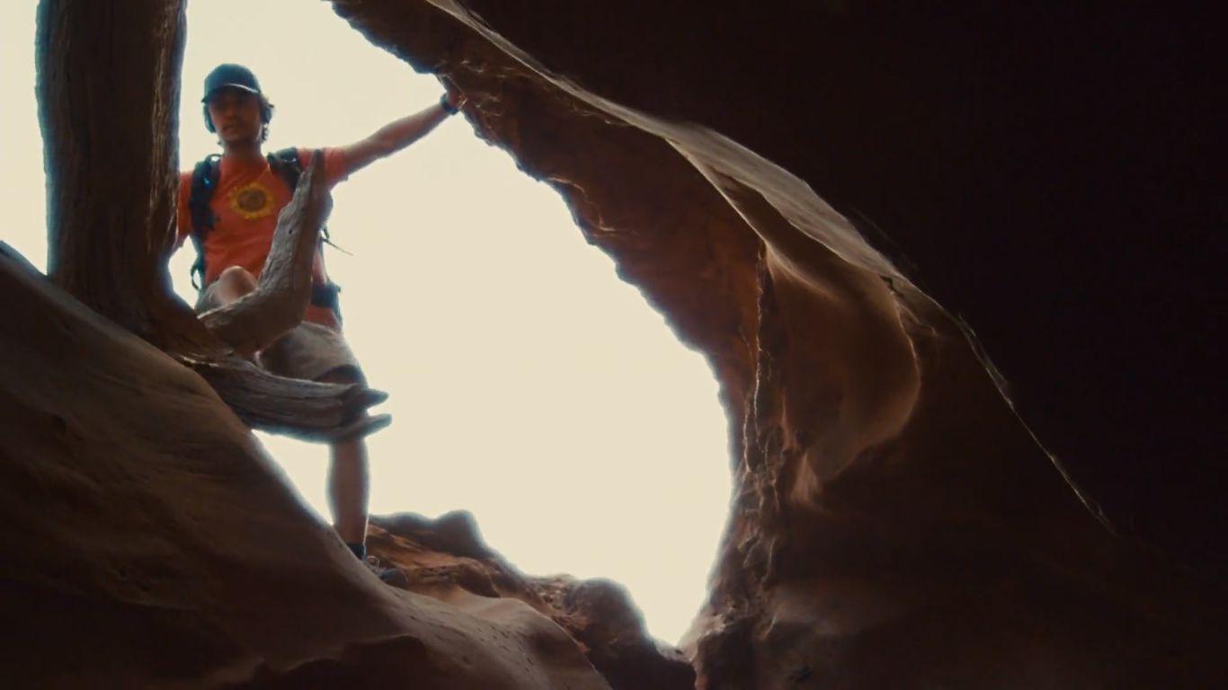 دانلود فیلم ۱۲۷ Hours 2010 با زبان اصلی